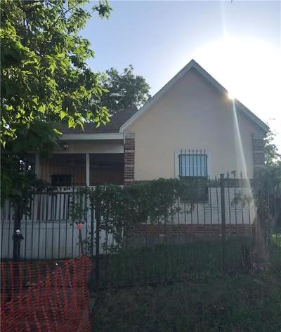 Fort Worth TX Single Family Home For Sale: $149,900