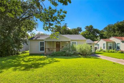 Dallas Single Family Home For Sale: 9331 Peninsula Drive