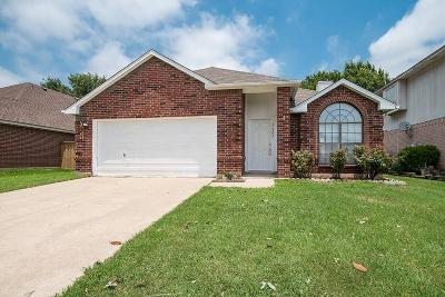 Fort Worth Single Family Home For Sale: 9085 Stillwater Trail