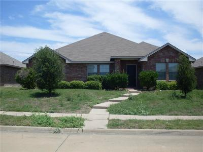 Dallas County Single Family Home For Sale: 2318 Abby Lane