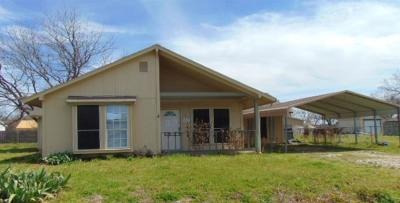 Mansfield Single Family Home For Sale: 910 Noah Street