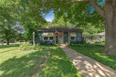 Arlington Single Family Home For Sale: 429 N Pecan Street