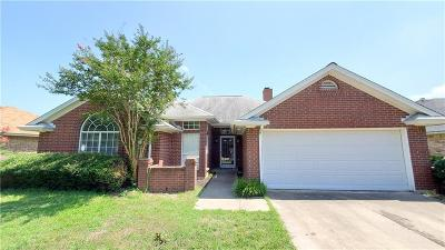 Crowley TX Single Family Home For Sale: $189,000