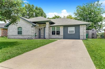Kaufman Single Family Home For Sale: 1005 Phillips Circle