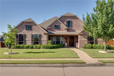 Keller Single Family Home For Sale: 708 Crater Lake Circle