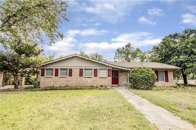 Bedford Single Family Home For Sale: 2065 Shady Brook Drive