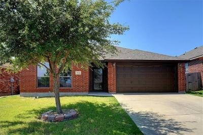 White Settlement Single Family Home For Sale: 9125 Nathan Drive