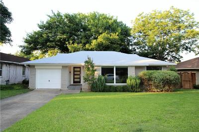 Lake Highlands Single Family Home For Sale: 9022 Livenshire Drive