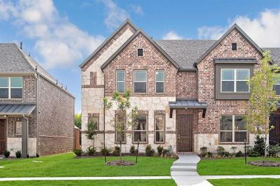 Mckinney Townhouse For Sale: 317 Carnaby Court