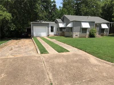 Haltom City Single Family Home For Sale: 3412 Eastridge Drive
