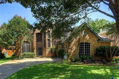 Grapevine Single Family Home For Sale: 2712 Indian Oak Drive