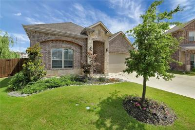 Fort Worth Single Family Home For Sale: 5152 Tortola Lane