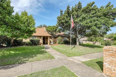 Benbrook Single Family Home For Sale: 10196 Wandering Way Street