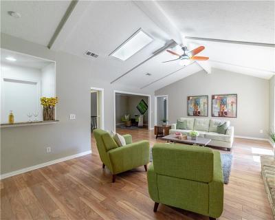 Richardson Single Family Home For Sale: 2205 Victoria Lane
