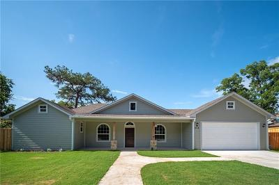 Lake Dallas Single Family Home For Sale: 604 Myers Drive