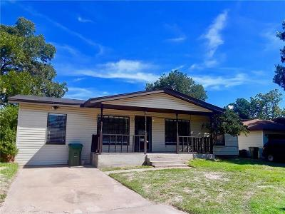 Hurst Single Family Home For Sale: 744 Henson Drive