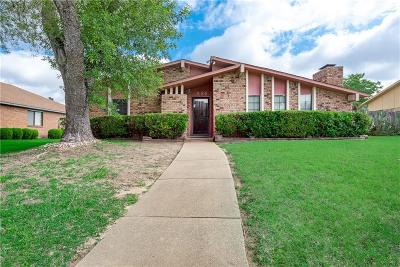 Desoto Single Family Home Active Option Contract: 935 Live Oak Drive