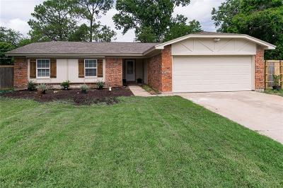 North Richland Hills Single Family Home For Sale: 6709 Mabell Street