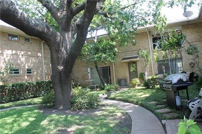 Dallas County Condo For Sale: 6123 Bandera Avenue #B