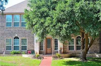 Desoto Single Family Home For Sale: 909 Hideaway Place