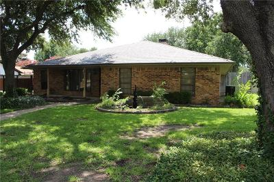 North Richland Hills Single Family Home For Sale: 4913 Lariat Trail