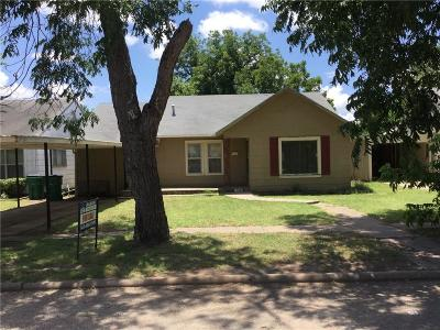 Young County Single Family Home For Sale: 1009 W Payne