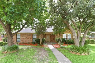Rowlett Single Family Home For Sale: 2310 Woodrow Way