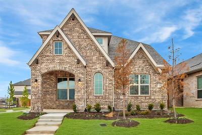 Farmers Branch Single Family Home For Sale: 12778 Mercer Parkway