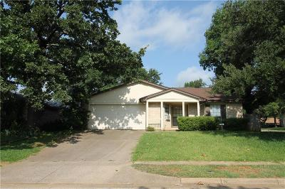 Euless Single Family Home For Sale: 2609 Underwood Lane