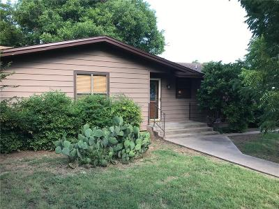 Baylor County Single Family Home Active Contingent: 400 N Tackitt Street
