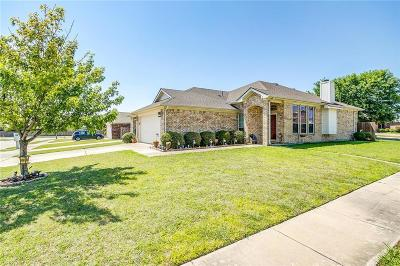 Burleson Single Family Home For Sale: 939 Micah Road
