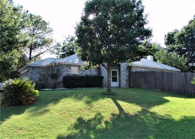Euless Single Family Home For Sale: 809 Koen Lane