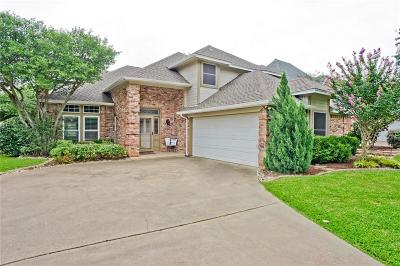 Grapevine Single Family Home For Sale: 2823 Timber Hill