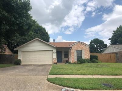 Euless Single Family Home For Sale: 2606 Knoll Trail