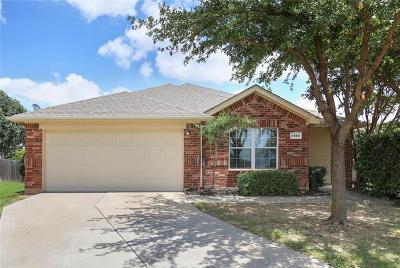 Tarrant County Single Family Home For Sale: 4888 Ambrosia Drive