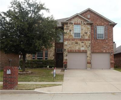 Fort Worth Single Family Home For Sale: 2224 Horseback Trail