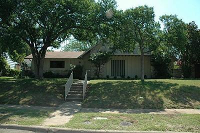 Single Family Home For Sale: 12022 Bencrest Place