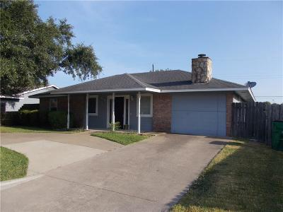 Kaufman Single Family Home For Sale: 505 Cates Drive