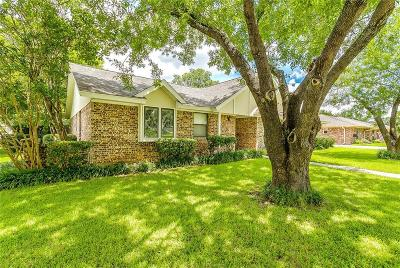 North Richland Hills Single Family Home For Sale: 6521 Riviera Drive