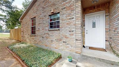 Arlington Townhouse For Sale: 304 S Fielder Road