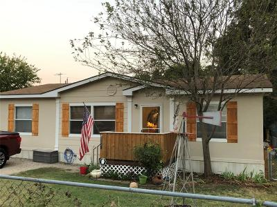 Sansom Park Single Family Home For Sale: 5517 Cowden Street