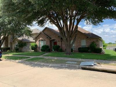 Garland Single Family Home For Sale: 3242 Creek Meadow Lane