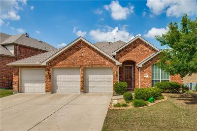 Lantana Single Family Home For Sale: 8735 Dayton Drive
