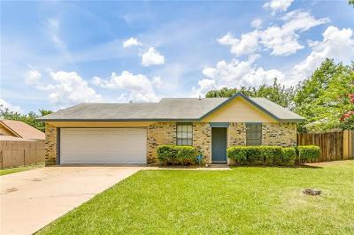 Burleson Single Family Home For Sale: 841 Blue Ridge Drive