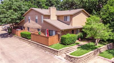 Benbrook Townhouse For Sale: 5748 Cedar Creek Drive