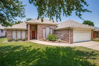 Lewisville Single Family Home For Sale: 653 Blair Drive