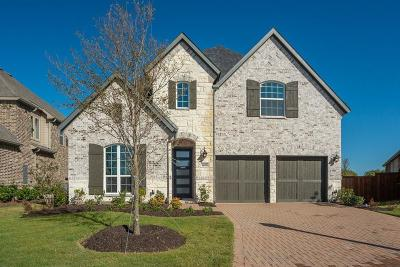 Star Trail Single Family Home For Sale: 1600 Pebblebrook Lane