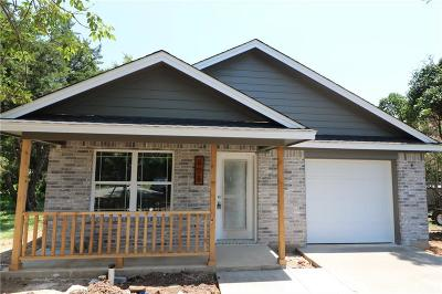 Cleburne Single Family Home For Sale: 808 Barber