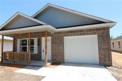 Cleburne Single Family Home For Sale: 218 Mechanic