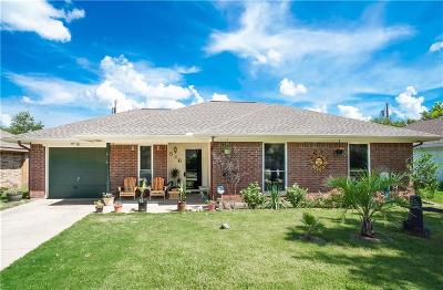 Seagoville Single Family Home Active Contingent: 526 Thomas Trail